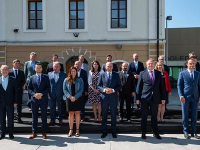 Vlada je prejšnji teden obiskala Goriško regijo, danes pabo v naših krajih. (Foto: FB Vlada)