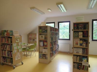 Že deset let je knjižnica na Tinju dnevna soba kraja. (Foto: Knjižnica Josipa Vošnjaka Slovenska Bistrica)