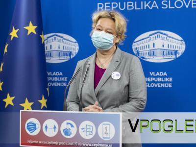 Mateja Logar je infektologinja, ki je na čelu svetovalne skupine za covid-19 pri zdravstvenem ministrstvu. (Foto: gov.si)