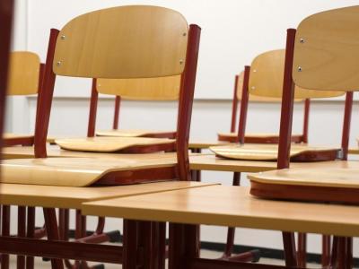 Šole do preklica ostajajo zaprte, učenci se bodo učili doma. Kako? (Fotografija je simbolična. Foto: Pixabay)
