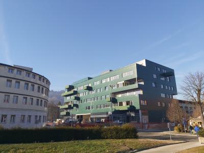 V četrtem in petem nadstropju stavbe bodo stanovanja. (Foto: Radio Štajerski val)