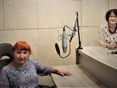 Celjanka Mirjana Steblovnik, upokojena medicinska sestra in avtorica večih knjig, predvsem pa večna optimistka, ki na življenje gleda s humorne strani.
