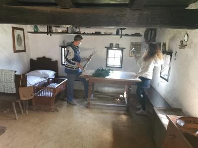 Muzej na prostem Rogatec z živimi vodenimi ogledi in rokodelskimi delavnicami preko spleta vstopa v domove obiskovalcev. (Foto: Zavod za turizem, kulturo in razvoj Rogatec)