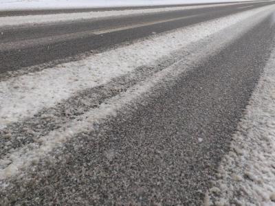 Na cestah previdno, saj je na njih sneg, ponekod so tudi polenedele. (Foto: Štajerski val)