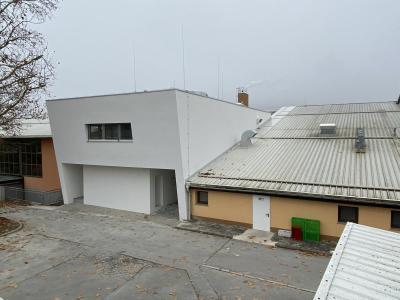 Prizidek je že prinesel dve učilnici in zbornico, letos bo šmarska šola dobila še prenovljeno kuhinjo. (Foto: Občina Šmarje pri Jelšah)