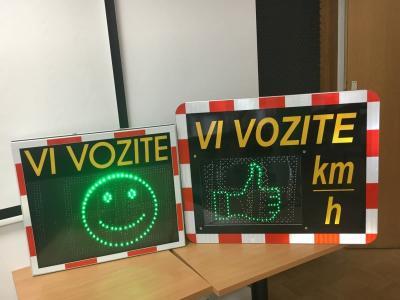 Na cestah vedno po omejitvah, prav tako je treba hitrost še dodatno prilagoditi trenutnim razmeram. (Foto: Agencija za varnost prometa)