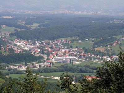 Pogled na Poljčane z vrha Boča. (Foto: Yerpo)