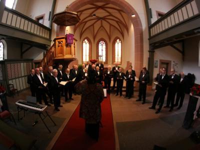 Največ ljudi, ki se ukvarja z ljubiteljsko kulturo, sodeluje v pevskih sestavih. (Fotografija je simbolična. Foto: Pixabay)