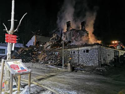 Žalosten pogled na dom po požaru. (Foto: PGD Oplotnica)