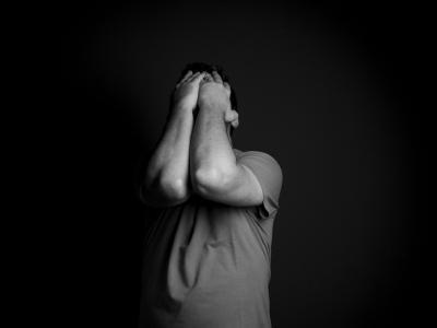Ljudem v stiski je potrebno prisluhniti in jim predlagati strokovno pomoč. (Fotografija je simbolična, foto: Pixabay)