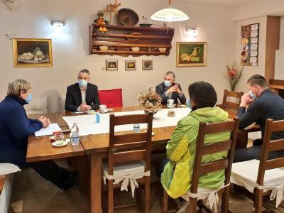 Ministra na obisku v šmarskem domu upokojencev. (Foto: Ministrstvo za zdravje)