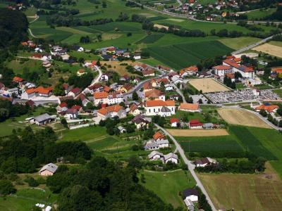 Poljčane so med redkimi občinami, kjer še ni uradno potrjene okužbe s covid-19. Naj tako tudi ostane. (Foto: Občina Poljčane)