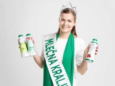 Naloga mlečne kraljica je predvsem promocija slovenskega mleka. (Foto: Rok Deželak, Mlekarna Celeia))