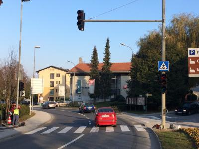 Z ureditvijo križišča pri šmarski občini bo poskrbljeno za večjo prometno varnost. (Foto: Radio Štajerski val)