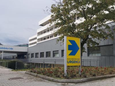 V bolnišnici so se za način obravnave dečkovim staršem osebno in javno opravičili. (Foto: Radio Štajerski val)