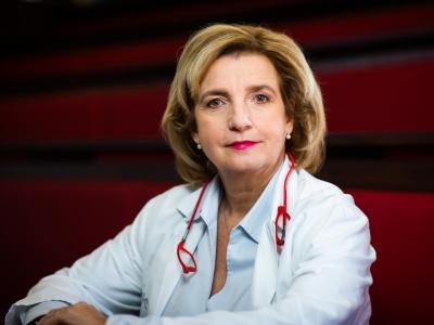 Prof. dr. Bojana Beović, vodja strokovne svetovalne skupine za obvladovanje epidemije na Ministrstvu za zdravje. (foto: ZZS)