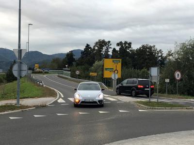 Navezovalna cesta bo razbremenila promet skozi naselje Ljubečna. (Foto: MOC)