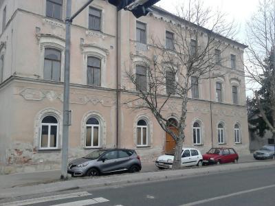 Občina ima načrte tudi za objekt stare šole. V njem med drugim načrtujejo fizioterapevtski center. (Foto: Radio Štajerski val)