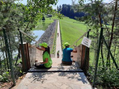 Med drugim bodo mladi poskrbeli za lepšo podobo Šmartinskega jezera. (Foto: MOC)