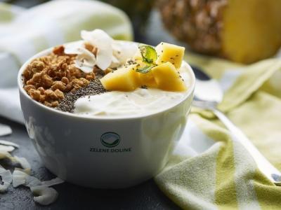 LCA jogurti in napitki Zelene doline so pri uporabnikih že vrsto let najbolj priljubljena linija izdelkov Mlekarne Celeia. Odlični tudi za zajtrk.