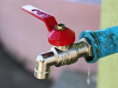 Obnova vodovoda je po besedah bistriškega župana Franja Debelaka nujna, saj so okoli 40 let stari cevovodi dotrajani, izpusti vode pa precejšnji. (Fotografija je simbolična, foto: Pixabay)