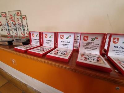 Nagrade in priznanja so konjiškim športnikom tokrat podelili malo drugače. (Foto: Občina Slovenske Konjice)