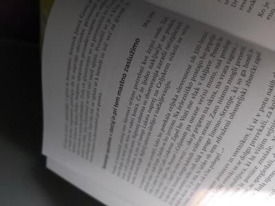 Brane Piano je v knjigo uvrstil okoli 600 kolumn. (Foto: Radio Štajerski val)