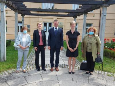 Delegacija nemške ambasade na obisku v Rogaški Slatini (z leve): Natalie Šeruga, veleposlanica Natalie Kauther, župan mag. Branko Kidrič, Eva-Ricarda Willems in Branka Aralica, MPI Vrelec