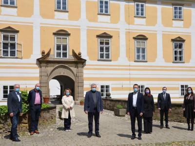 Minister je ob obisku Slovenske Bistrice med drugim dejal, da z evropskimi sredstvi v Sloveniji pišemo številne dobre zgodbe. (Foto: Služba Vlade za razvoj in evropsko kohezijsko politiko)