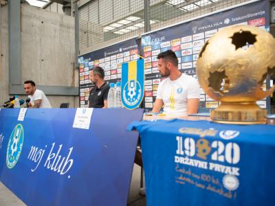 Celjani so si možnost borbe za uvrstitev v prestižno ligo prvakov zagotovili z osvojitvijo naslova državnega prvaka. (Foto: NK Celje)