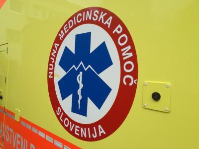Poškodovanega moškega so odpeljali na zdravljenje v bolnišnico. (Fotografija je simbolična, foto: Štajerski val)