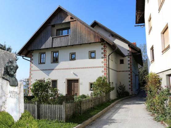 Ažbetova rojstna hiša