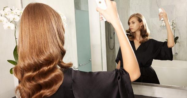 Ustvari Marula videz: Glamurozno valoviti lasje