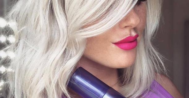 Vijolični šampon, ki je očaral blondinke