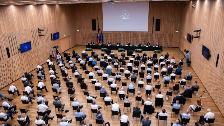 Posvet z občinami. (Foto: Služba Vlade Republike Slovenije za razvoj in evropsko kohezijsko politiko).