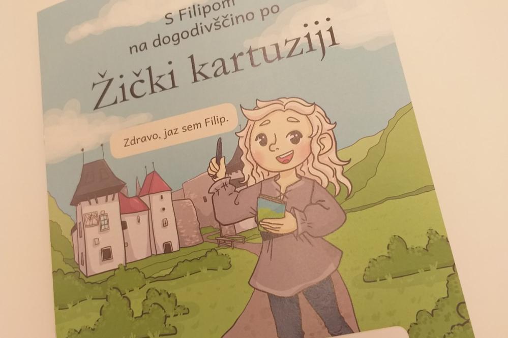 V knjižici so naloge za igrivo spoznavanje Žičke kartuzije. (Foto: TIC Slovenske Konjice)