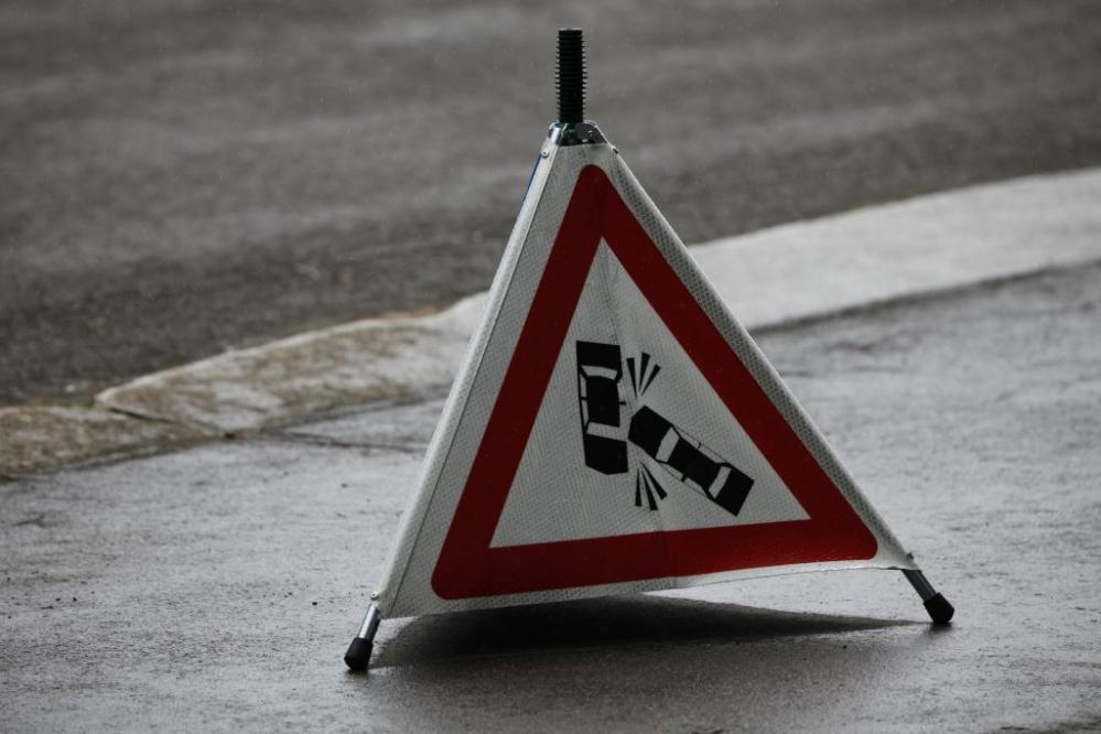 Zaradi naleta treh tovornih vozil pri Ljubečni je bila štajerska avtocesta do 12. ure povsem zaprta. (Foto: Policija)