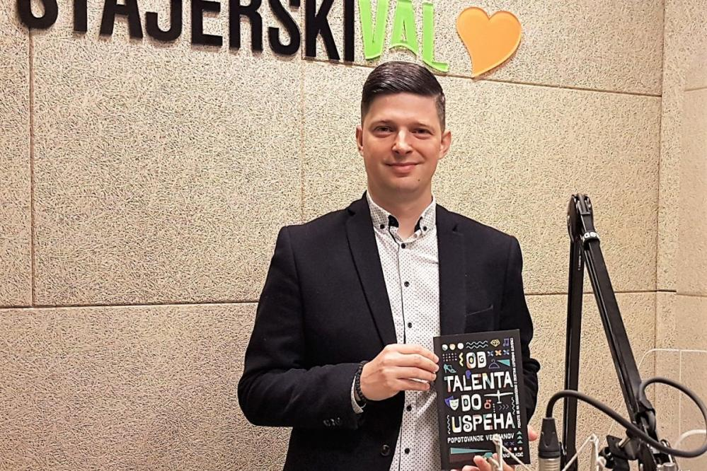 NENAD VLADIĆ je avtor knjige Od talenta do uspeha, ki govori o tem, kako izkoristiti svoje lastne talente za doseganje osebnih in poslovnih uspehov..
